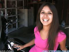 Spectacular Latina Teen Jynx Maze Gives Blowjob in POV