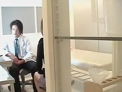 Japanese pussy examined by expert in medical porn video