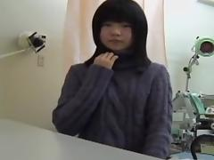 Young Japanese girl reaches an orgasm at her gyno.s office tube porn video