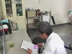 Meaty Japanese bimbo got fucked by her gynecologist