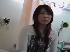 Hottie.s Japanese cunt became wet at a naughty pussy exam