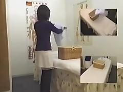Big fanny Japanese exposed in voyeur massage video