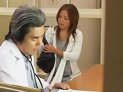 Beautiful Jap screwed in a perverted pussy exam video