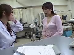 Cute Jap moans while dildoed hard during medical exam