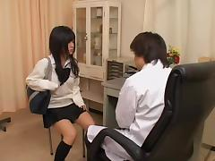 Japanese doctor fingers a sexy twat in horny medical video tube porn video