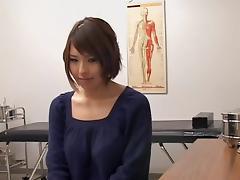 Busty Japanese toyed hard during medical examination
