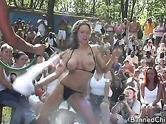Girls with no limits in this amateur movie