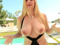 Sizzling Danielle Delaunay gets her trimmed pussy licked and fucked