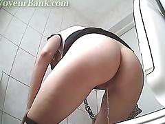 free Pissing porn tube