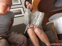 Fingering a Japanese Girl's Pussy Before She Handjobs tube porn video