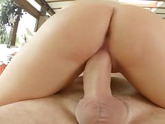 Pulsating creampie for Hannah Sweet