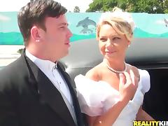 Cheating, Blowjob, Bride, Car, Cheating, Couple