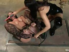 Kelly Divine gets her snatch whipped and fucked with a strapon