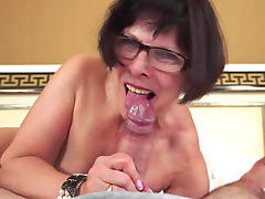 Fat granny wearing glasses bangs her fur ball with toy tube porn video