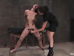 Riley Shy enjoys jumping on fucking machine after being tortured