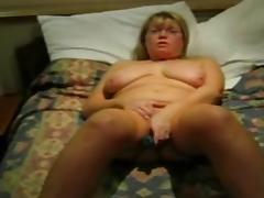 mature granny plays with vibe