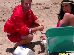 MILF with Big Tits Kendra Lust Picked Up at the Beach for Hardcore Sex