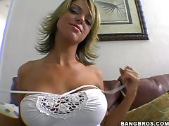 Blonde cutie Jessi Summers gets her mouth and pussy fucked in POV scene
