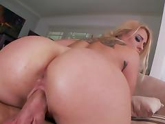 Blonde Cameron Canada being fucked in her juicy ass porn tube video