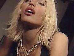 Anita Blond - Clip (Una Moglie In Vendita)