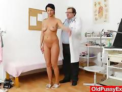 Gorgeous milf visits her doctor to get her pussy examined