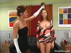 Audrey Leigh loves being tortured by Kym Wilde in BDSM clip