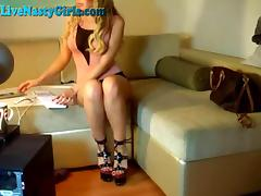 Hottie Will Do Anything You Ask On Cam