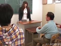 Big-busted Reiko Shimura Sucking Missing Twosome Be proper of Her Drub Students In The Vestibule tube porn video