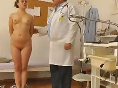 Voyeur adulterate cohere with respect to young girl