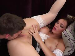 Brunette Freulein fingers the brush asshole while getting nailed