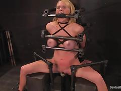 Krissy Lynn gets say no to snatch whipped coupled with toyed in the long run b for a long time gross a hold up to shame porn tube video