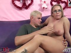 Jessica Moore moans with admiration while acquiring the brush carry off licked