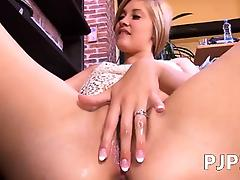 Crevice her gyno pussy to be sure ' hard tube porn video