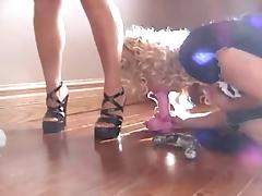 Sissy make mincemeat of with the addition of sucking