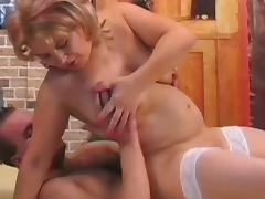 Brenda Mitchell and Mac Turner are fucking in the bed