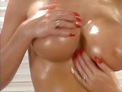 Sarah Young has a very beautiful Body with perfect Boobs tube porn video