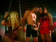Two Stunning Sluts Show One Guy A Good Time In A Hardcore Threesome