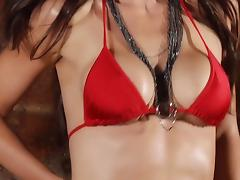 Alison Waite - Sexy Bikini Slowmotion