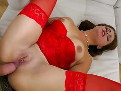 Hardcore brunette Svetlana Morich is fucking in her ass