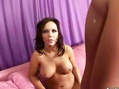 Diana Prince y Niki Cruz they try everything tube porn video
