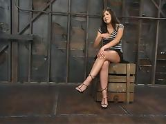 Some long ropes are making her spread her hot legs