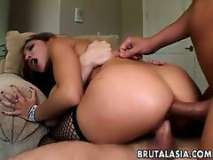 Two dudes totally destroy Roxy Jezel