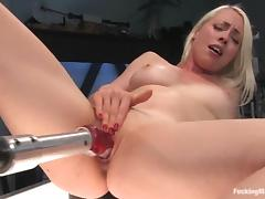 Lorelei Lee enjoys being double penetrated by a fucking machine