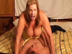 chubby housewife sucks and fucks