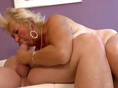 Fat granny gets her hairy twat nailed tube porn video