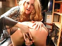 Milf slut Marino is fingering her girflriend