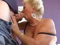 Hot Shorthair Curvy Granny Banging tube porn video