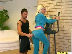 Stevie Shae gets her mouth and pussy fucked deep in a gym