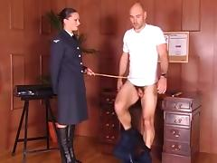Posh Army Sargaent puts trainee though his paces porn tube video