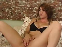 Young chick rubs hard her shaved pussy lips tube porn video